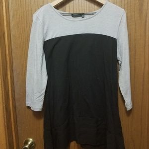 3/4 Sleeve Top- sz M